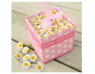 Spotted Cow Silk Daisy Chain Gift Box
