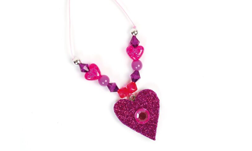 Make your own Sparkly Jewellery - Necklace