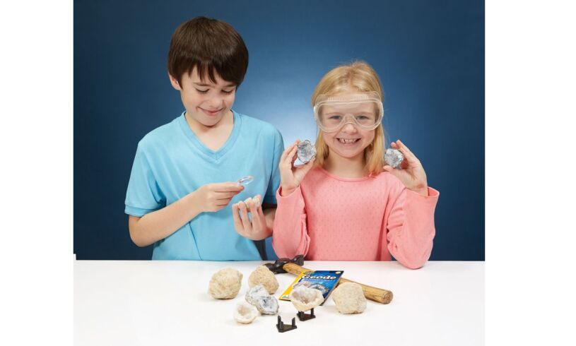 Geode Discovery Kit Contents