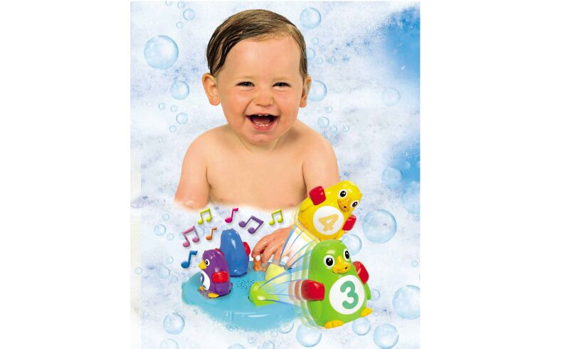 Poppin' Penguin Island - Bathtime Fun!
