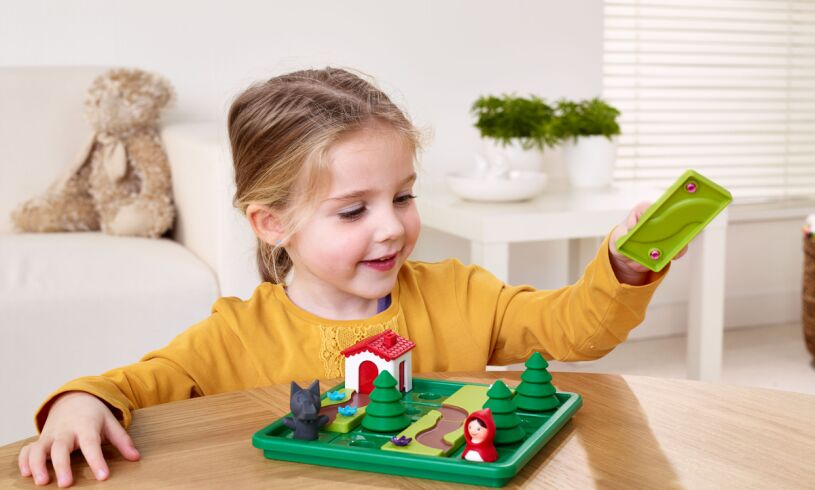 Smart Games Little Red Riding Hood Lifestyle