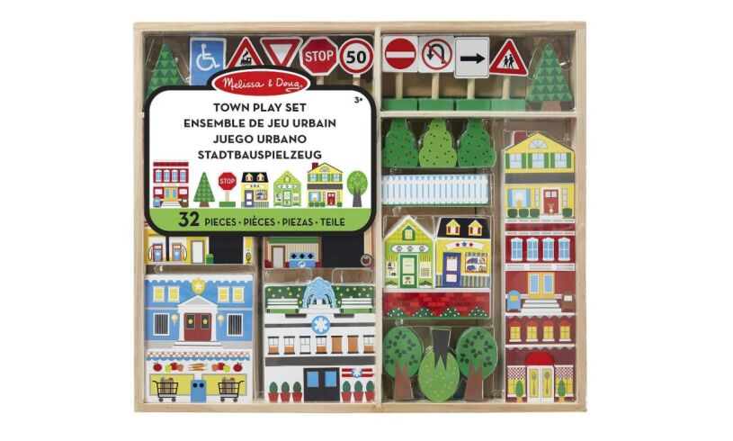 Melissa and Doug Town Play Set