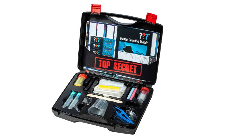 Master Detective Toolkit Thames and Kosmos