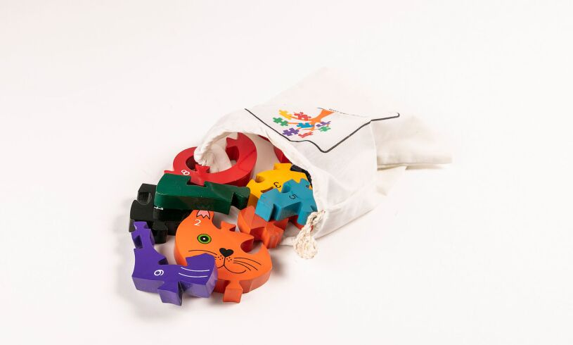 Number Cat Jigsaw Carry Pouch
