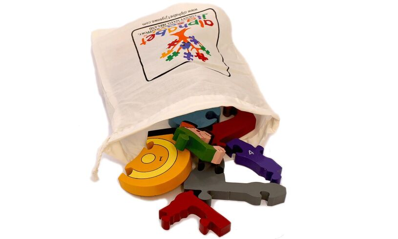 Tractor Number Jigsaw Carry Pouch